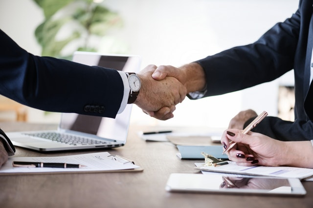 APP开发千帆竞起,加盟商领云迎战APP代理巨额红利